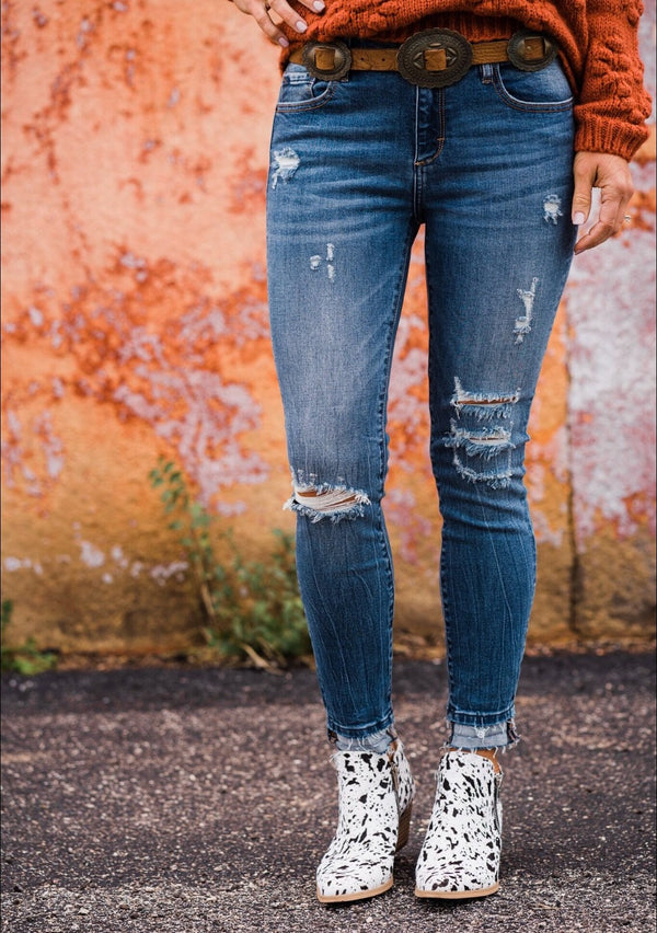 Hidden Amelia Medium Wash Skinnies