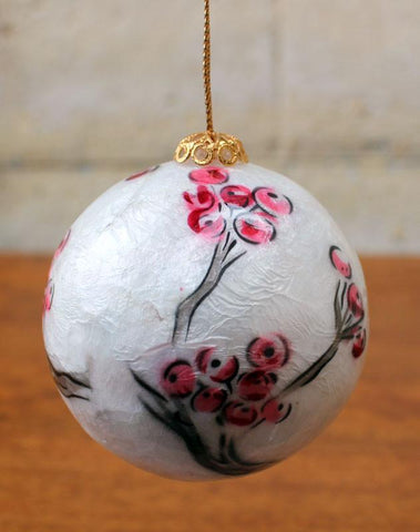 Capiz Shell Bauble 3cm - The Chic Nest