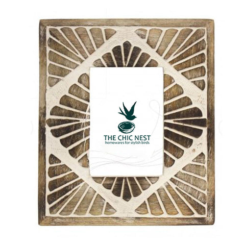 Çarved Wooden Photo Frame 4 x 6 - The Chic Nest