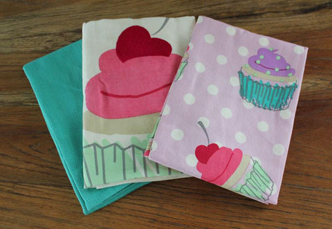 Cupcake Tea Towel Set of 3 - The Chic Nest