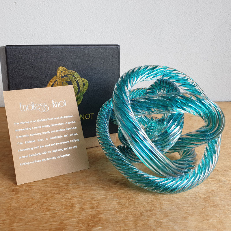 Endless Knot Teal Twist - The Chic Nest