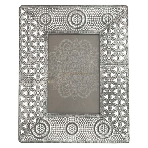 Floral Metal White Washed Photo Frame 4 x 6 - The Chic Nest