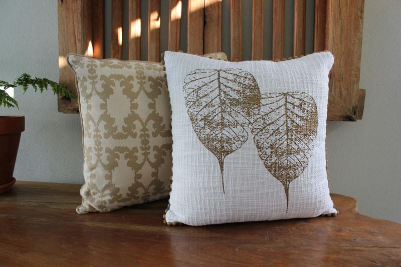 Damask Natural Cushion - The Chic Nest