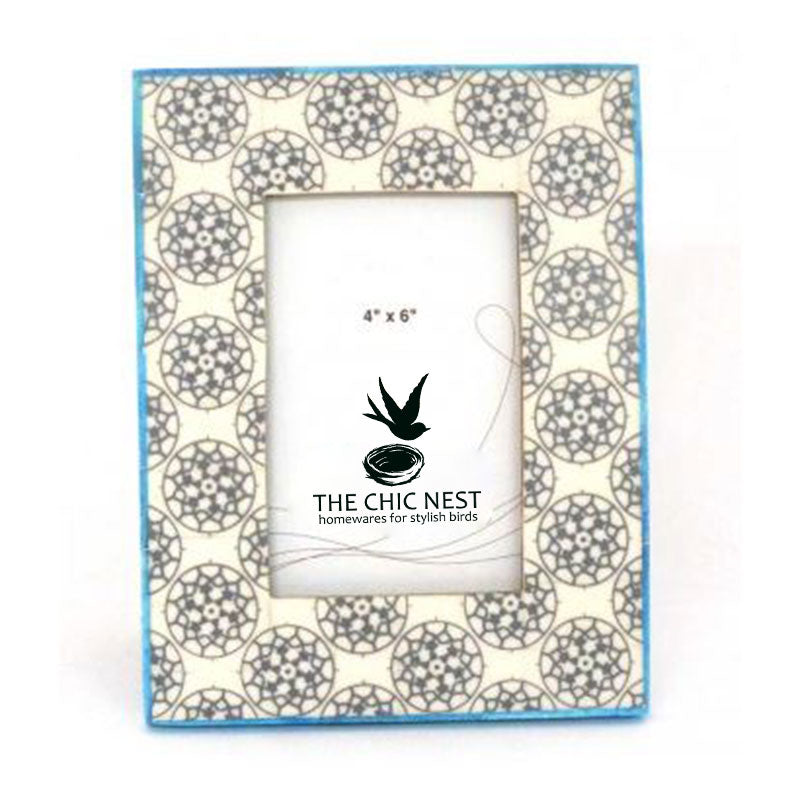 Grey Circle Bone Photo Frame - The Chic Nest