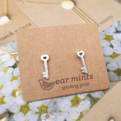 Heart Key Ear Mints Earrings - Silver