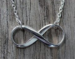 Infinity Pendant & Necklace - The Chic Nest