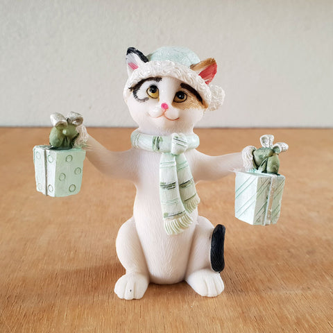 Jingle Cat Christmas Figurine - Green - The Chic Nest