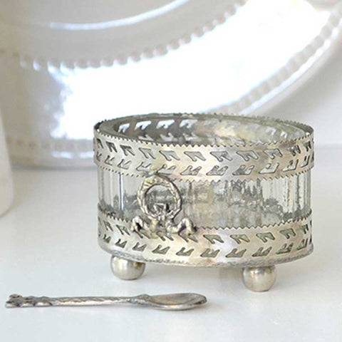 Oval Salt Cellar With Spoon