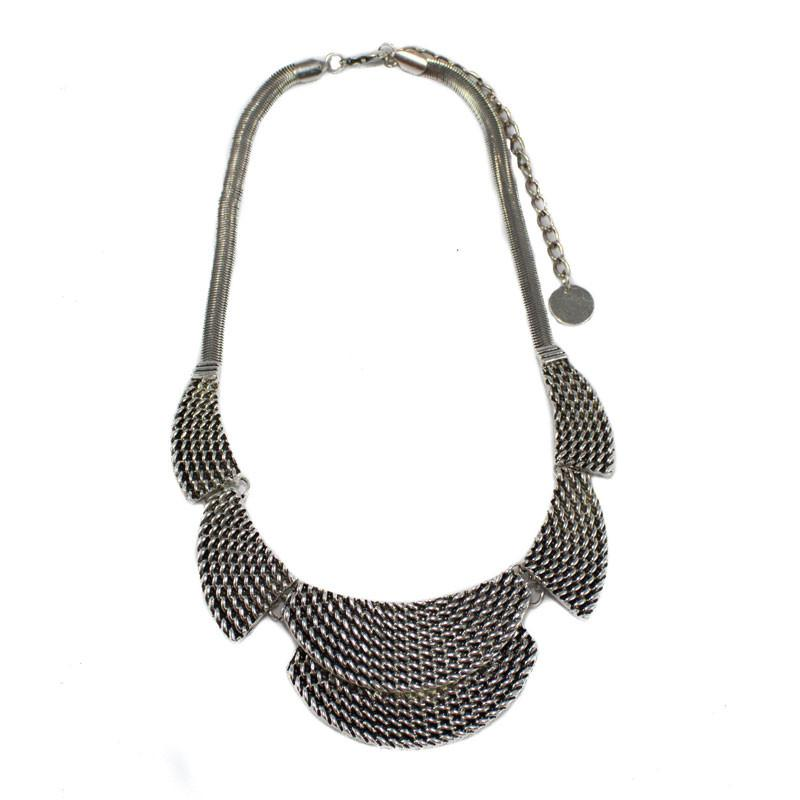 Plait Silver Half Circles Necklace - The Chic Nest