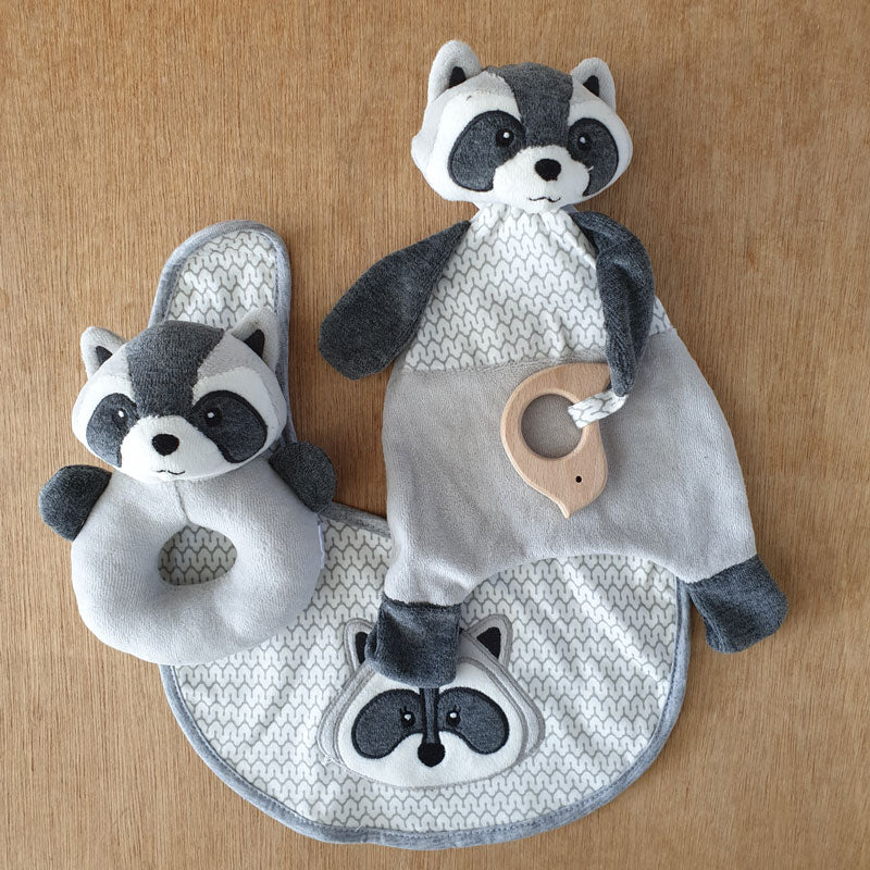 Racoon Bib - The Chic Nest