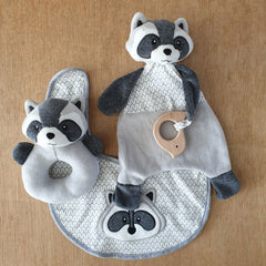Racoon Rattle Ring - The Chic Nest