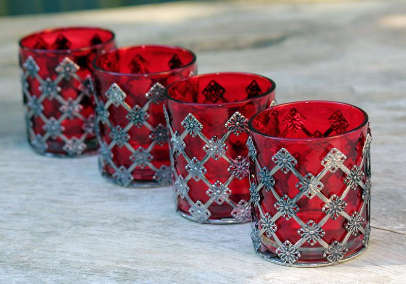 Red Metal Design Tealight Holder - The Chic Nest