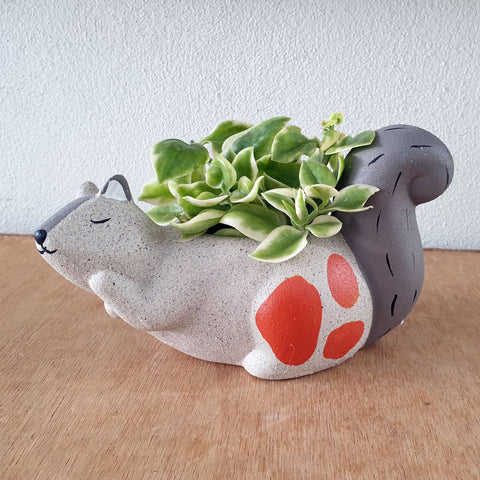 Ceramic Squirrel Planter - The Chic Nest