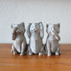 Three Wise Cats - Grey