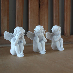 Three Wise Cupids - White