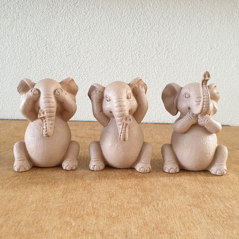 Three Wise Elephants - Blush