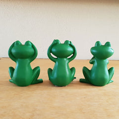 Three Wise Frogs - Green - The Chic Nest