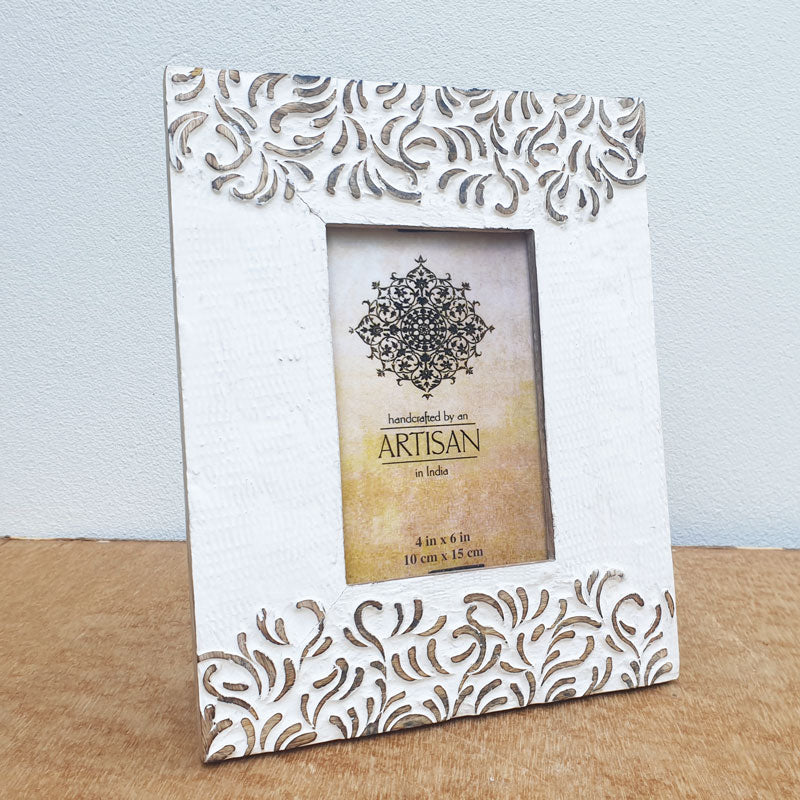 Whitewashed Wooden Photo Frame 4 x 6