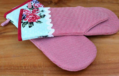 High Tea Vintage Style Oven Mitt - The Chic Nest