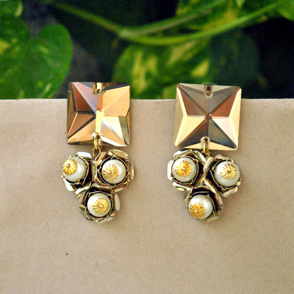 Champagne Serenity Golden Stone Ear Studs(ACE099)