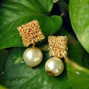 Golden Cuties Earrings (ACE159)