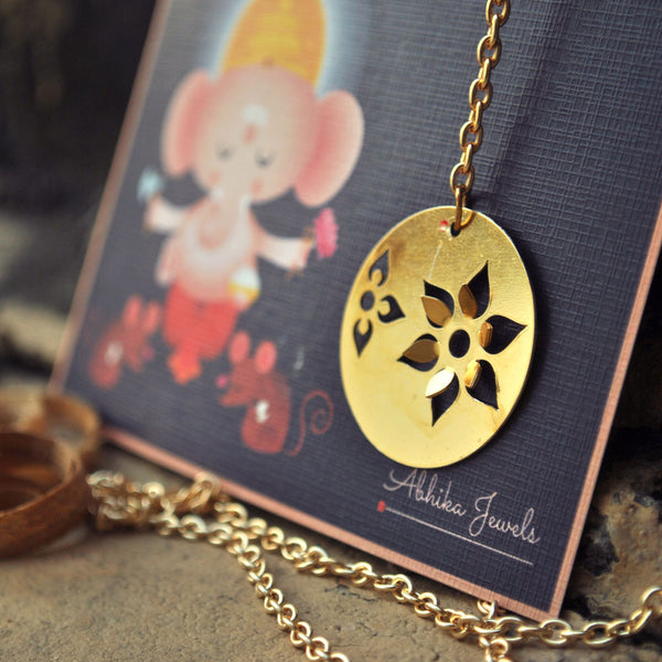 Round Flower Necklace (DFN04)