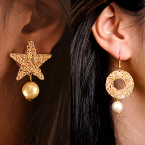 SET OF 2 - Golden Star And Circle Mesh Earrings
