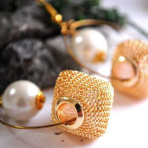 Mesh and Pearl Earrings ( ACE044)