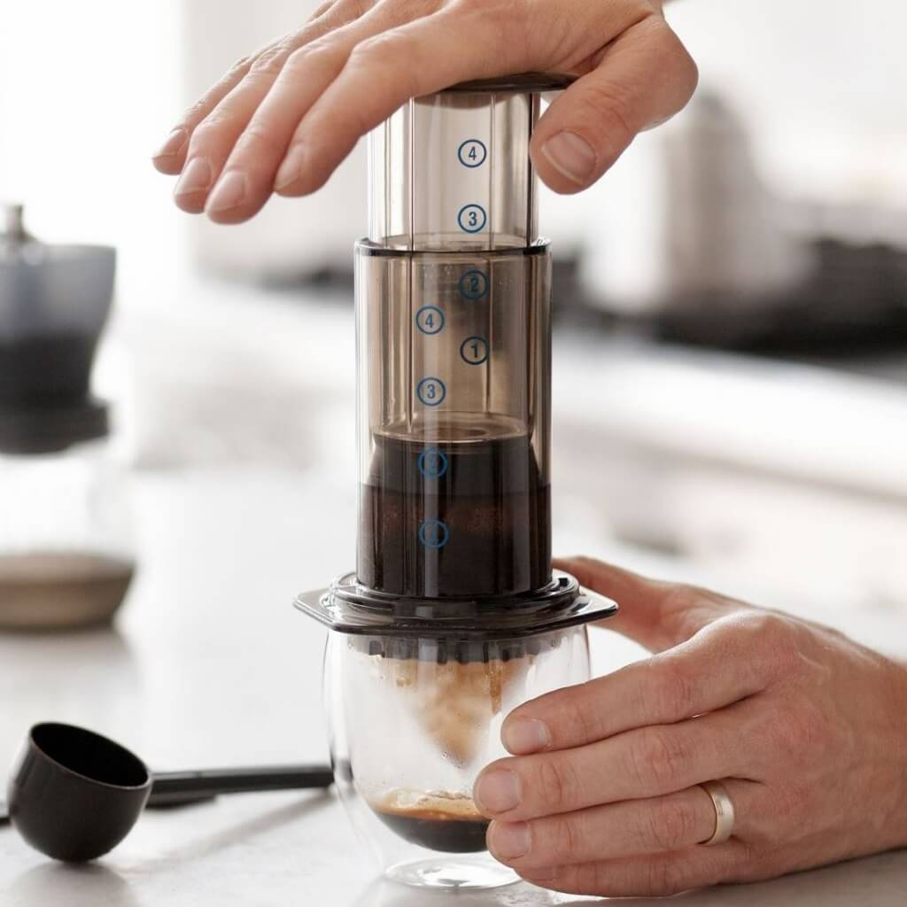 AeroPress coffeemaker- Handcraft Coffee