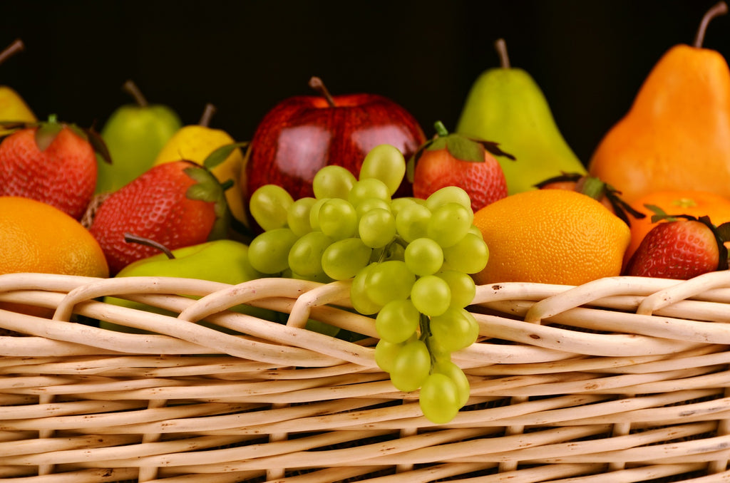 Healthy diet including fruit is important when consuming collagen