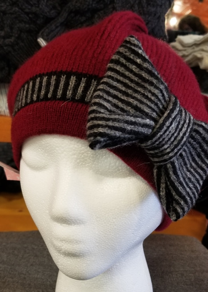 Bow Hat - Cranberry