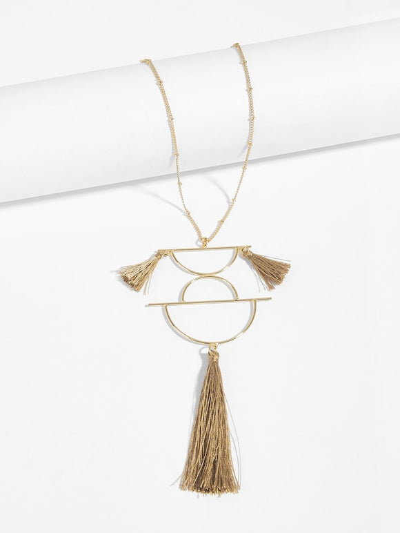 Tassel Detail Half Circle Pendant Necklace