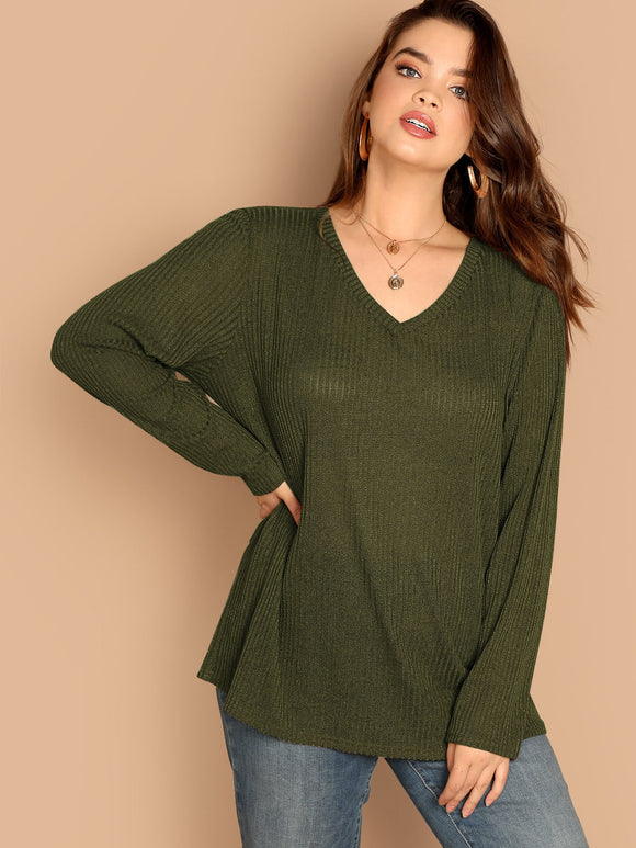 Plus Ribbed Knit V-neck Top