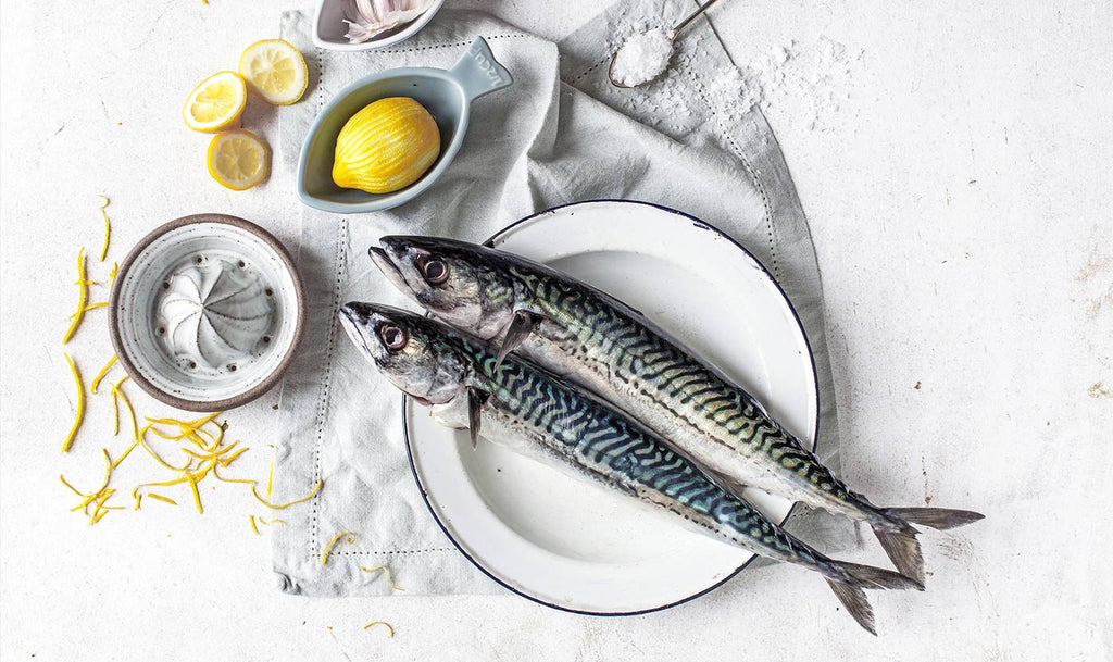 Plate with mackerel and lemons