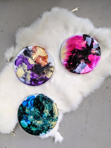 Resin and alcohol ink circles