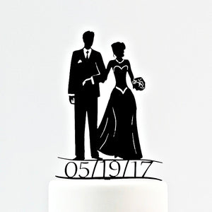 Traditional Bride and Groom Figurine with Personalized Date