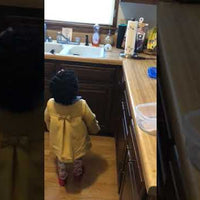 Adorable Little Girl Asks Alexa to Play Baby Shark