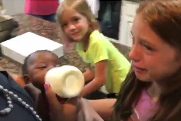 A Surprise Baby Sister Leaves This Family in Tears