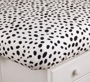 Hottsie Dottsie Fitted Crib Sheet