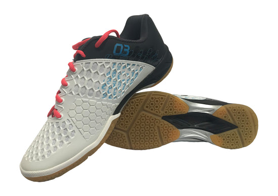 Pair of Yonex PC 03 Z MEX Men's badminton shoe in black and white color available on sale at Badminton Warehouse