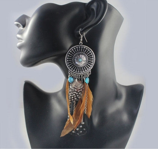 Vintage Hollow Fringed Feathers Earring