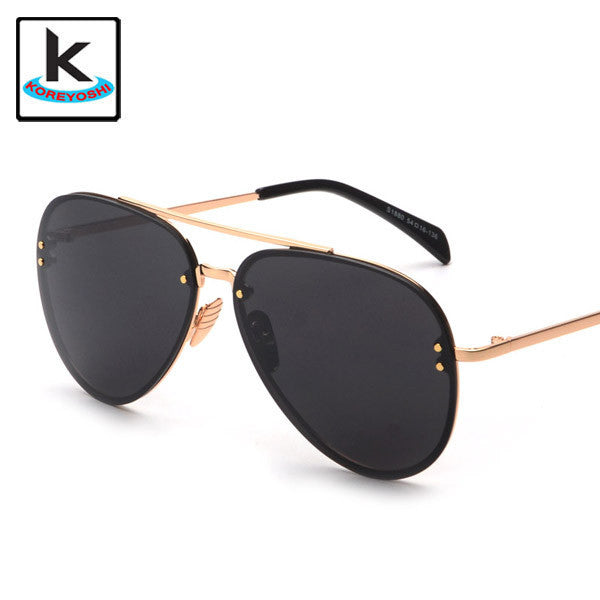 Black and Gold Aviator Sunglasses - Hippie BLiss