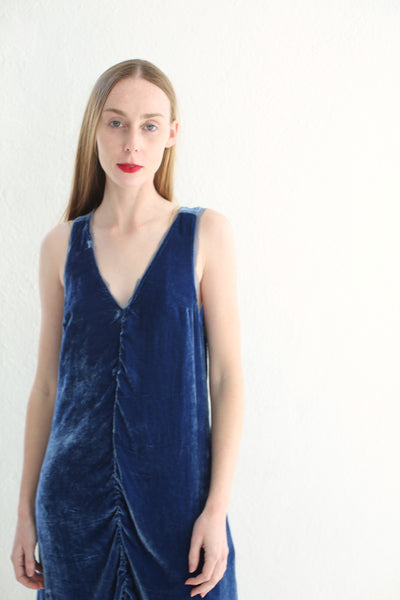 20.3.10 Velvet Sleeveless Shift Dress/ Royal Blue