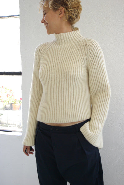 HAZEL BROWN  HAND KNIT SWEATER