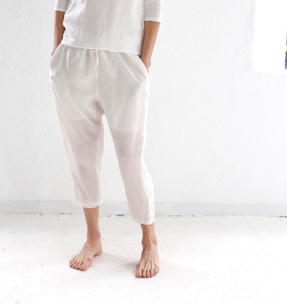 HAZEL BROWN CUPRO SLOUCH PANT WHITE