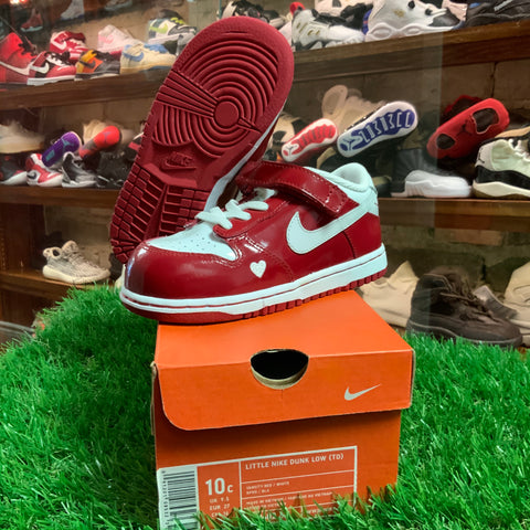 "Nike Dunk Low ""Valentines"" 2004 (Toddler)"
