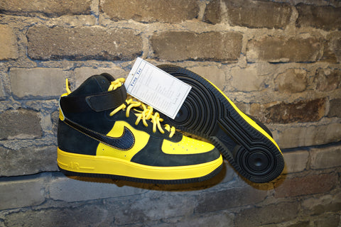 "SAMPLE: Nike Air Force 1 High ""Black Snow/Maize"" 2008"
