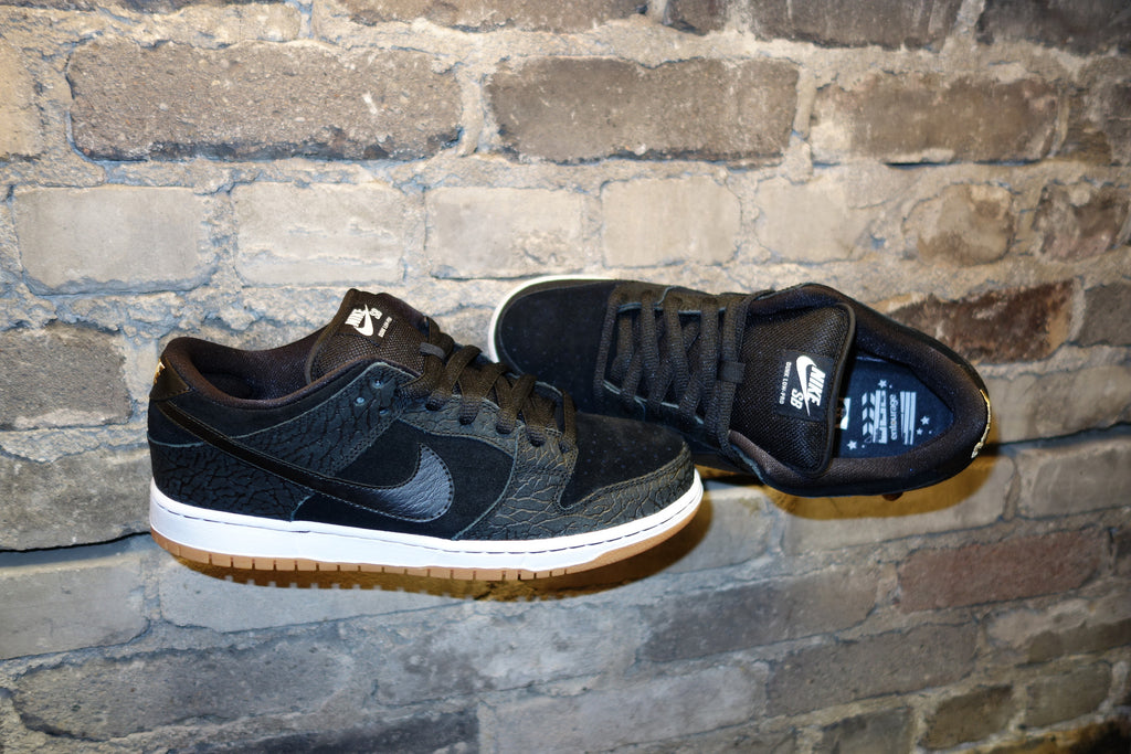 brand new 1cd49 1e2c9 nike sb dunk low entourage for sale