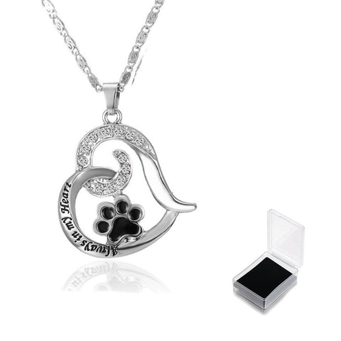 Image of Cat Paw Print Heart Necklace - I Love Cat Socks