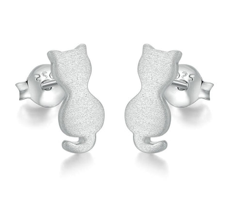 Wiredrawing Little Cat Stud Earrings
